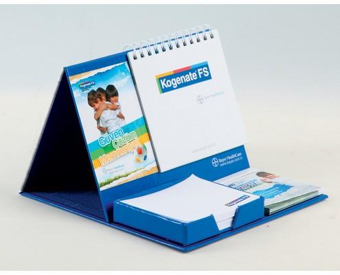 Kendinden Yapışkanlı Not Kağıtlı ve PVC İşaretleyicili, Masa Takvimi